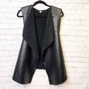 ECHO Faux Sherpa Lined Vest M/L
